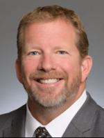 Erik K. Swanholt, Foley Lardner, litigation attorney