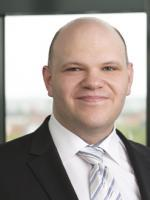 Dr. Claus Färber, McDermott Will Emery, telecommunications industry lawyer, Intellectual Property Attorney