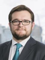 Simon Gibb, McDermott Will, London, domiciled individuals lawyer, trust assets protection attorney