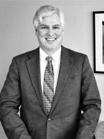Neil Lloyd, Litigation Investments, Litigator, Schiff Hardin Law Firm