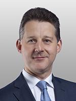 Daniel Pavin, Covington, Corporate attorney