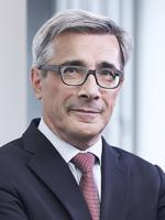 Thomas Busching, Squire Patton, Frankfurt, Chartered Corporate Lawyer, automotive industry, tax