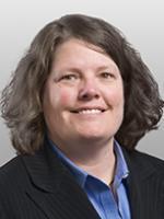 Heather Finstuen, Covington, government contracts attorney