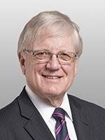E. Sanderson Hoe, Covington Burling, Contracts Lawyer, Negotiations Attorney